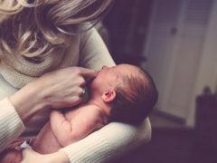 Икота у новорожденных— причины, как избавиться и на что стоит обратить внимание